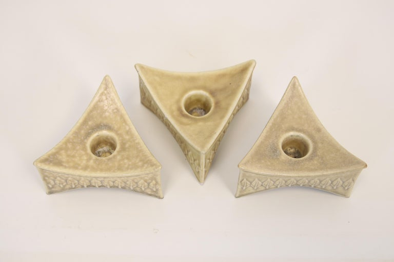 Set of 3 Mid century Danish stoneware Relief Candlesticks by Quistgaard, 1960s In Excellent Condition For Sale In Amsterdam, Noord Holland