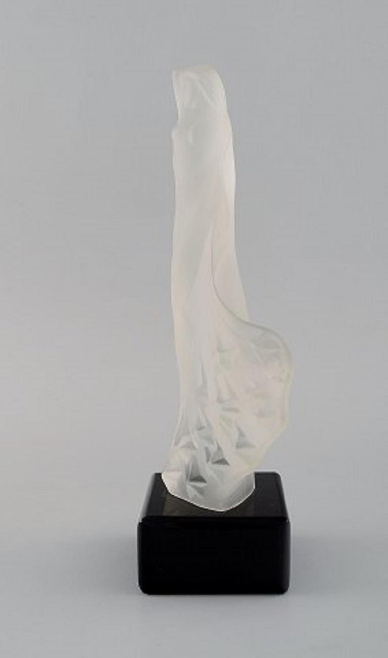 Early 20th Century R. Lalique, France. Art Deco sculpture of naked woman in art glass For Sale