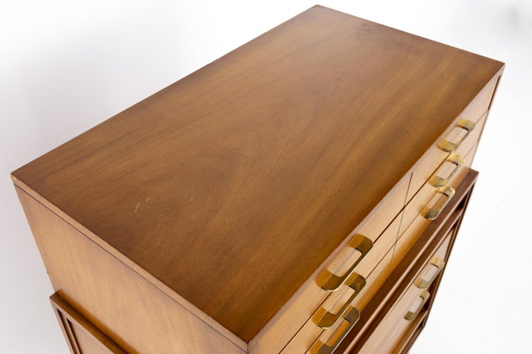 Late 20th Century R-Way Mid Century Honey Walnut 7-Drawer Highboy Dresser For Sale