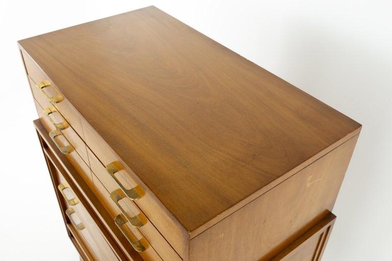 Wood R-Way Mid Century Honey Walnut 7-Drawer Highboy Dresser For Sale