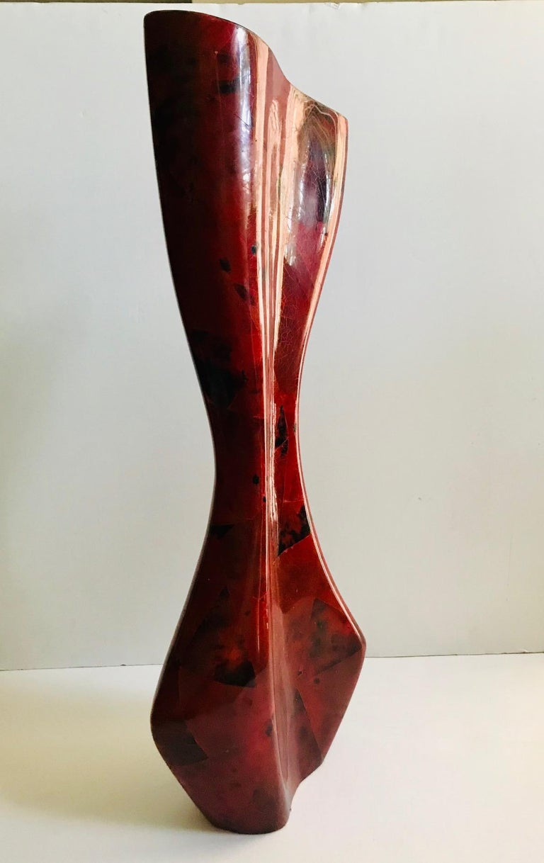R & Y Augousti Sculptural Large Vase in Mosaic Pen-Shell For Sale 2