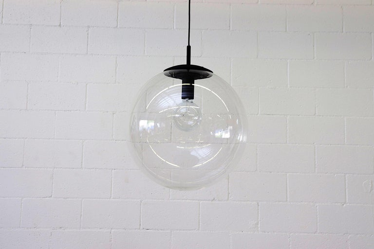 RAAK Style Midcentury Clear Acrylic Pendant Globe In Good Condition For Sale In Los Angeles, CA