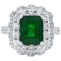 Rachel Koen 18 Karat White Gold Green Emerald and Diamonds Engagement Ring