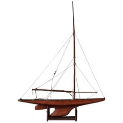 Racing Yacht Model Ship