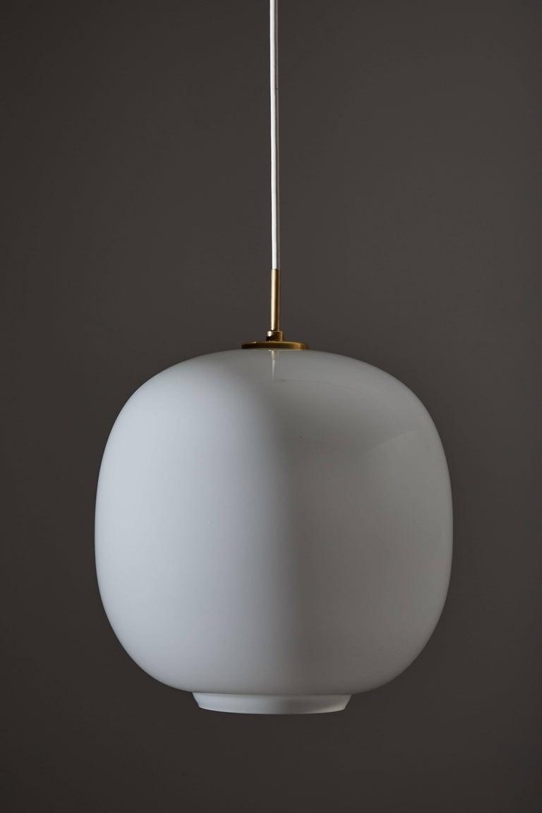 Radiohus VL45 Pendant by Vilhelm Lauritzen for Louis Poulsen In Excellent Condition For Sale In Los Angeles, CA