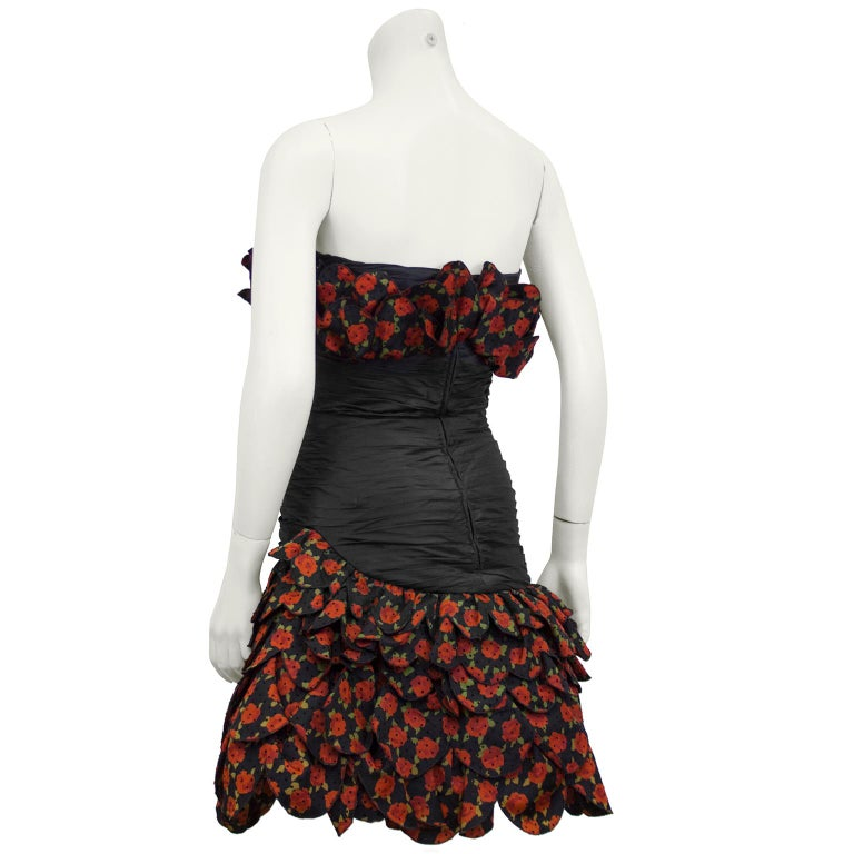 Raffaella Curiel 1980's Black Strapless Cocktail Dress with Roses In Good Condition For Sale In Toronto, Ontario