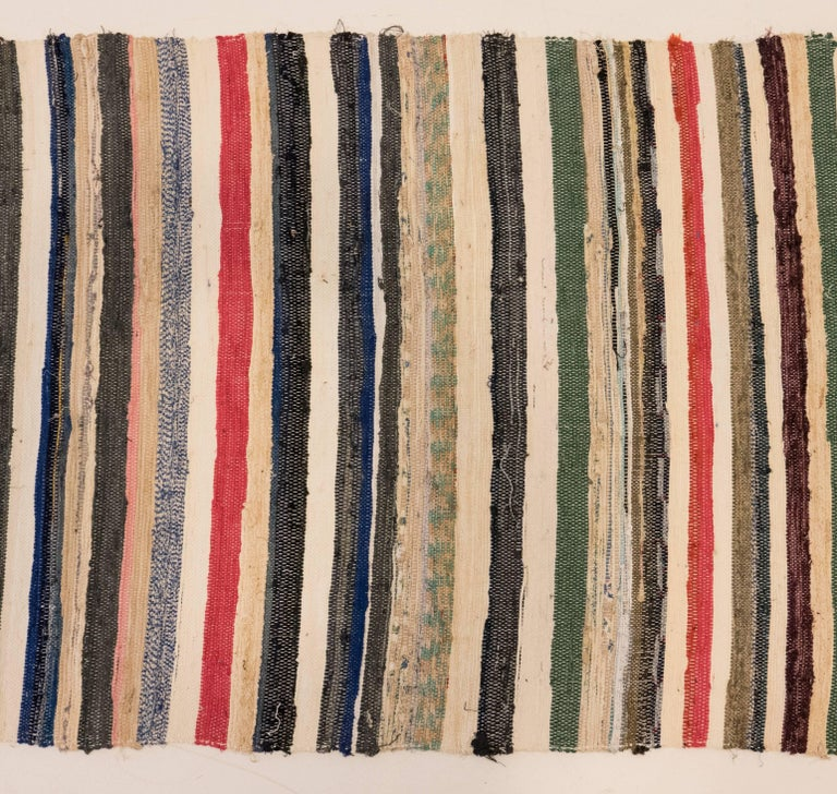 Rag Runner from the Spanish Pavilion of the 1964-1965 World's Fair In Excellent Condition For Sale In New York, NY