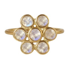 Rainbow Moonstone Round Flower Ring in 20 Karat Gold