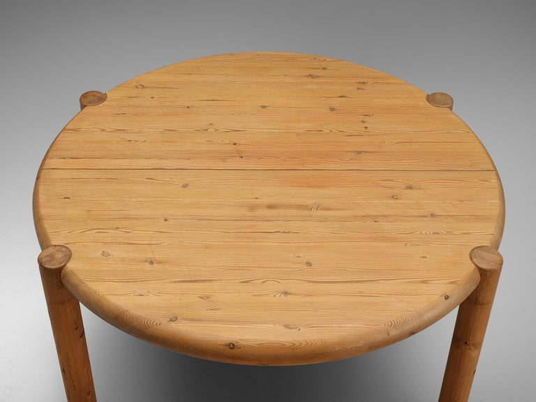Rainer Daumiller Extendable Dining Table in Pine In Good Condition For Sale In Waalwijk, NL