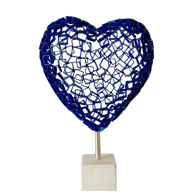 Diamond Love (blue) - Sculpture by Rainer Lagemann