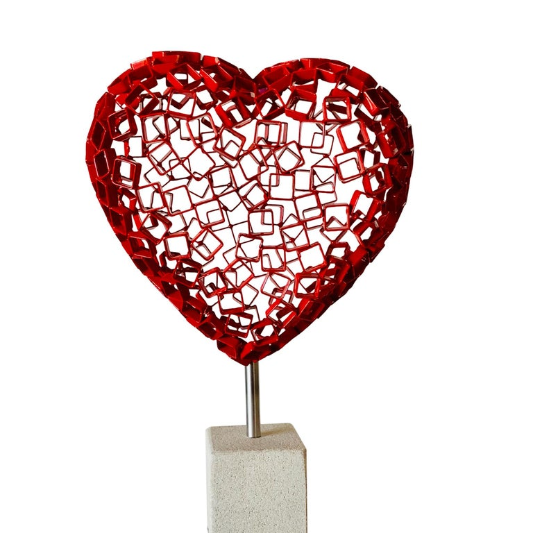 Diamond Love (red) - Sculpture by Rainer Lagemann