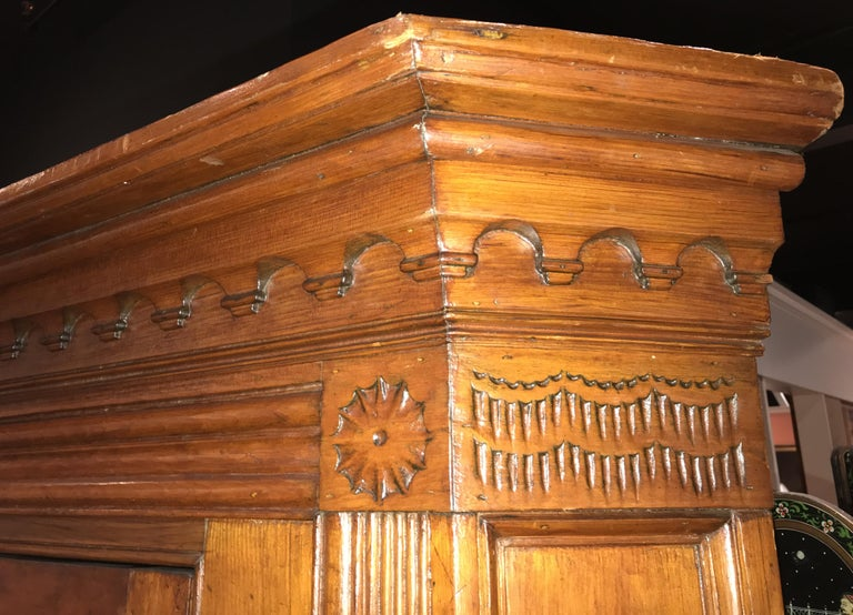 Raised Panel Pine Four-Door Cupboard circa 1800 Probably Mid Atlantic States In Good Condition For Sale In Milford, NH