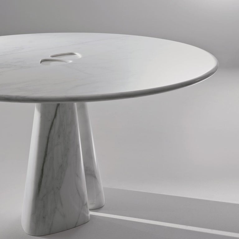 Raja Round Table by Bartoli Design In New Condition For Sale In Milan, IT