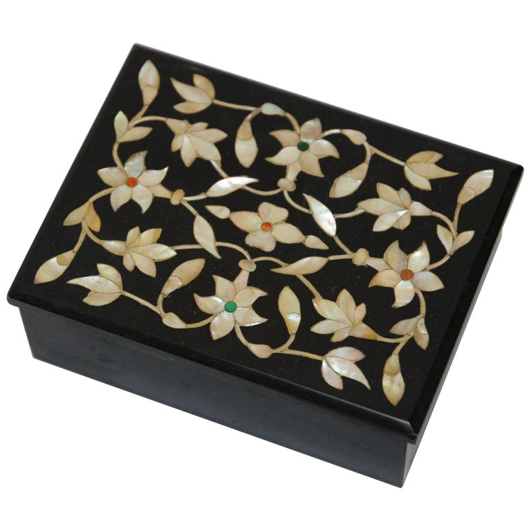Rajasthani Black Marble Inlay Trinket Box Pietra Dura India For Sale