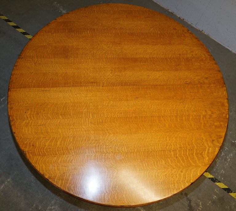 Modern Ralph Lauren Hither Hills 6-10 Person Large Round Extending to Oval Dining Table For Sale