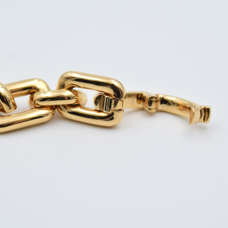 Ralph Lauren Chunky Chain ID Bracelet in 18 Karat Rose Gold For Sale 2