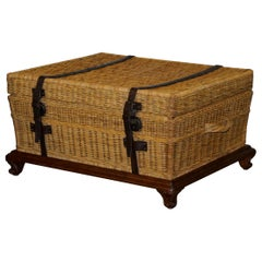 Ralph Lauren Marseilles Wicker Luggage Trunk Coffee Table Huge Internal Storage