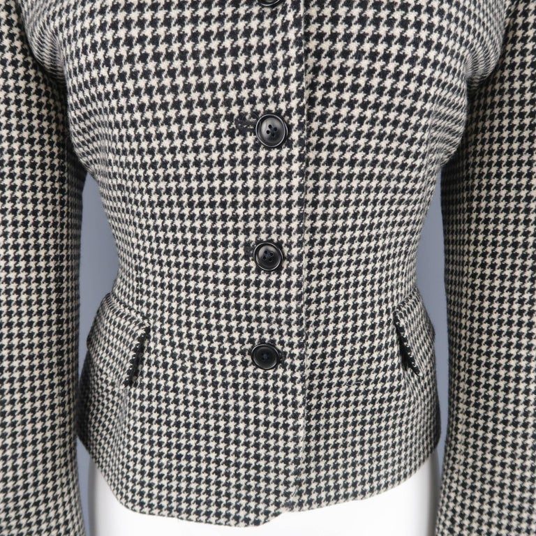 Ralph Lauren Cream and Black Houndstooth Wool / Cashmere Cropped Jacket In Excellent Condition For Sale In San Francisco, CA
