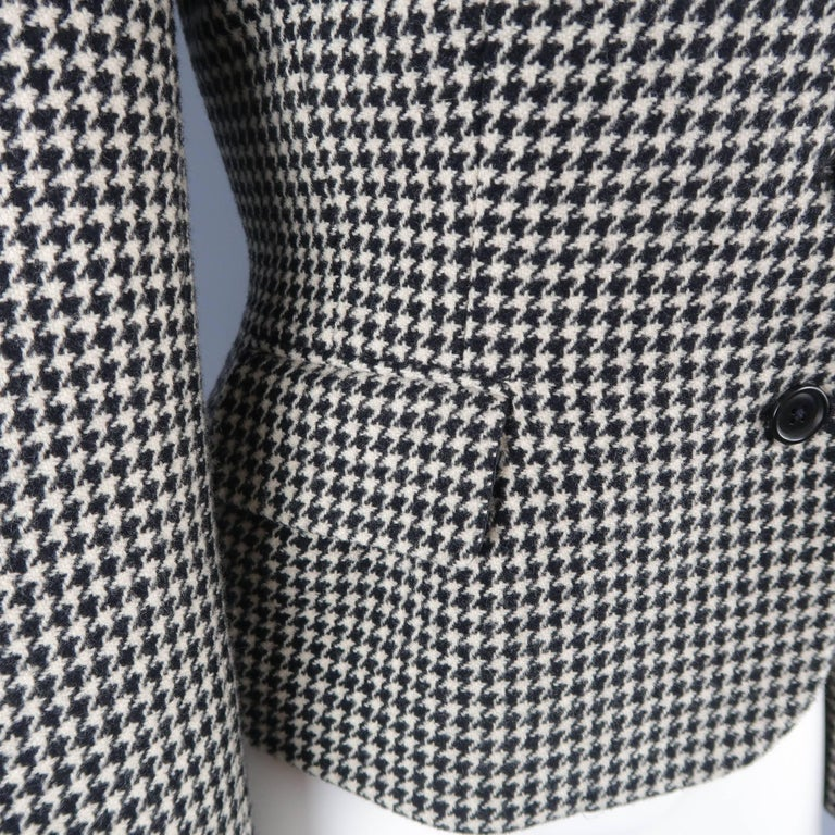 Women's Ralph Lauren Cream and Black Houndstooth Wool / Cashmere Cropped Jacket For Sale