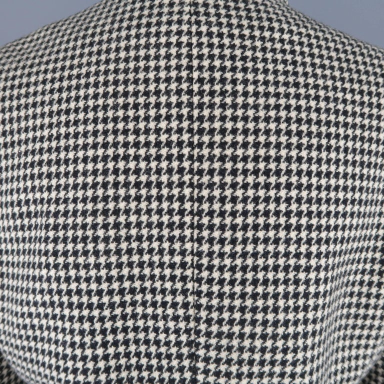 Ralph Lauren Cream and Black Houndstooth Wool / Cashmere Cropped Jacket For Sale 2