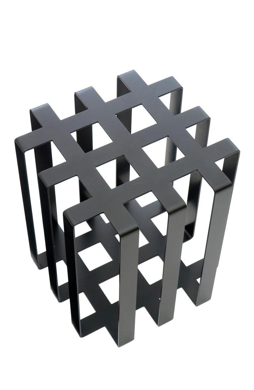 Ramen Geometric Modern Sculptural Side Table Black Powder-Coated Steel In New Condition For Sale In Santa Monica, CA