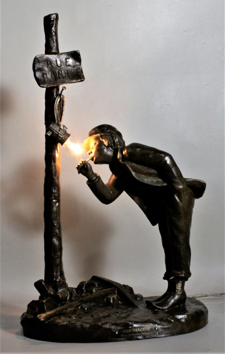Ranieri Signed Antique French Cast Metal Figural Table Lamp In Good Condition For Sale In Hamilton, Ontario