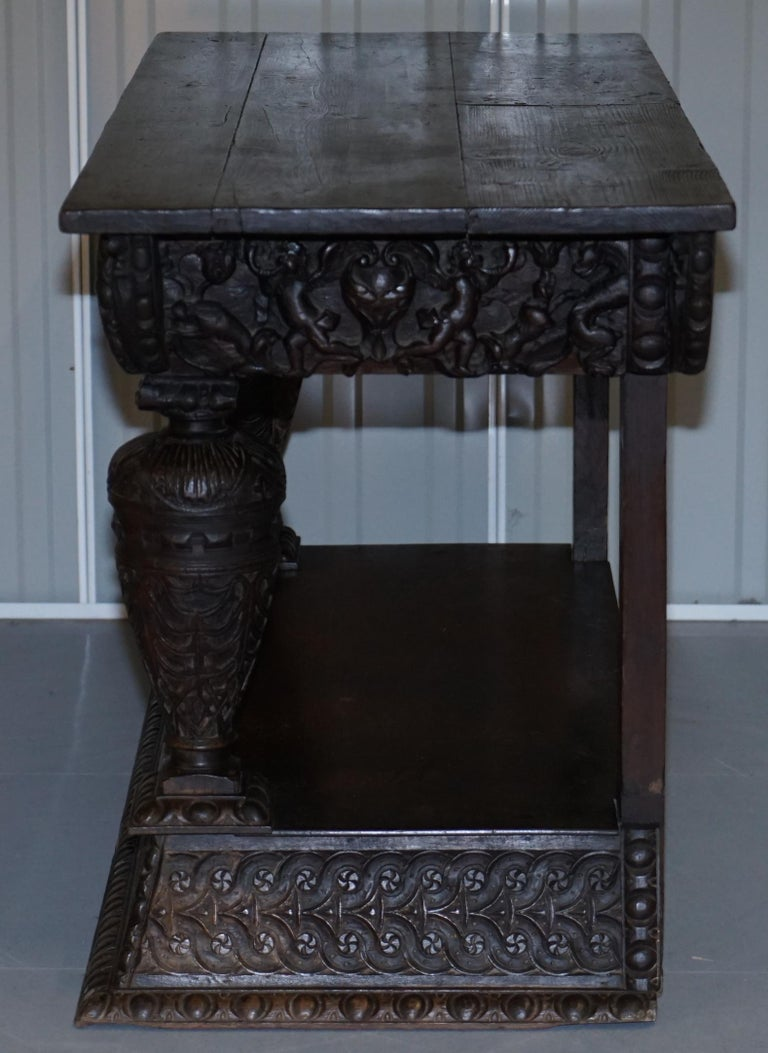 Rare 17th Century Hand Carved Oak Italian Console Serving Table Cherubs Angels For Sale 13