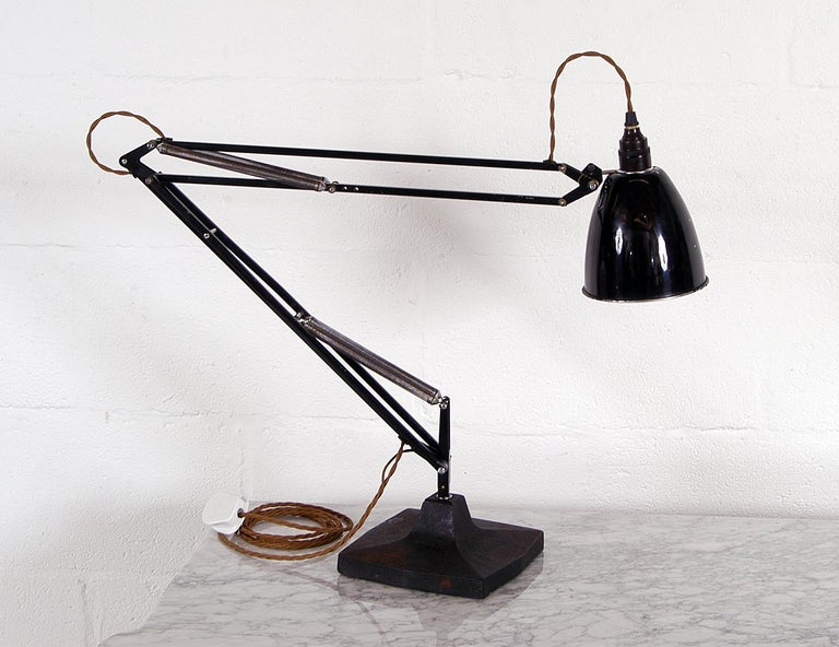 A rare opportunity to buy a 1930s Draughtsman's task lamp 'The Anglepoise' first generation model 1208. Designed by George Carwardine in 1933 and manufactured by Herbert Terry & Sons, 'The Anglepoise' revolutionized task lighting in commercial