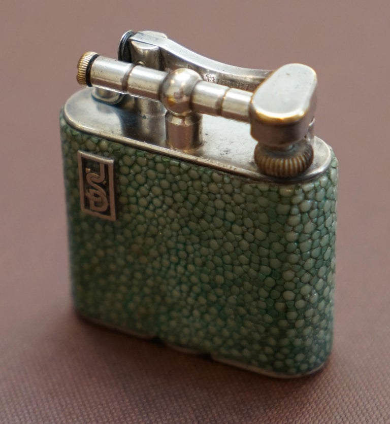 Hand-Crafted Rare 1930s Dunhill Shagreen Lighter Pat No 390107 Made in England Art Deco Era For Sale