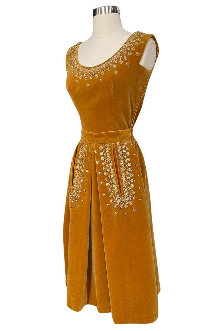 Women's Rare 1950s Jeanne Lanvin - Castillo Demi Couture Beaded Velvet Set For Sale