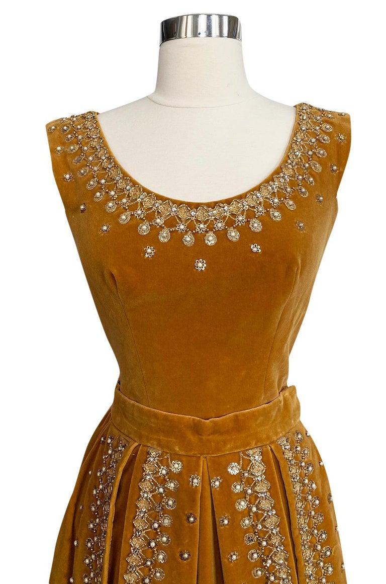 Rare 1950s Jeanne Lanvin - Castillo Demi Couture Beaded Velvet Set For Sale 2