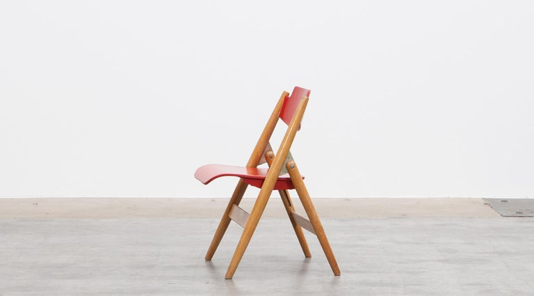 Mid-20th Century Rare 1950s Red Wooden Kids Folding Chair by Egon Eiermann For Sale