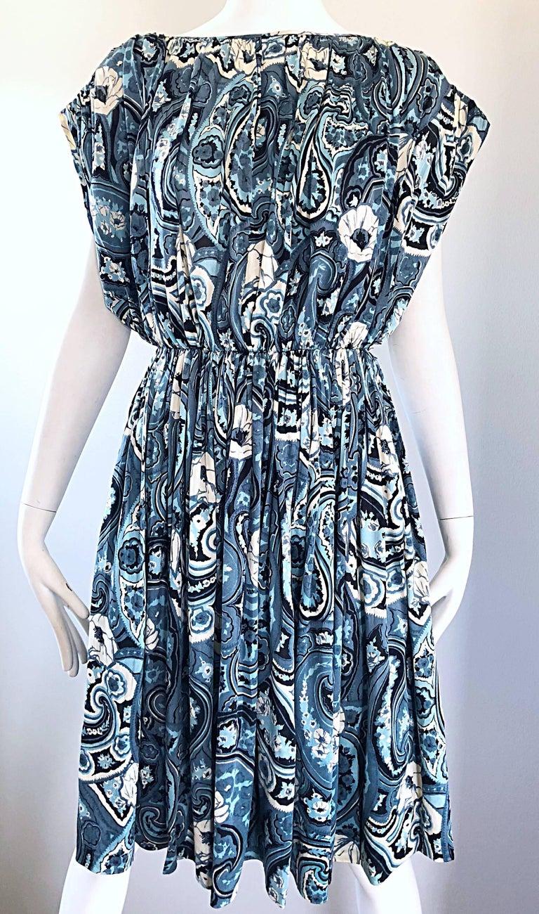 Rare 1950s Townley Blue + White Paisley Flower Print Vintage 50s Dress For Sale 10