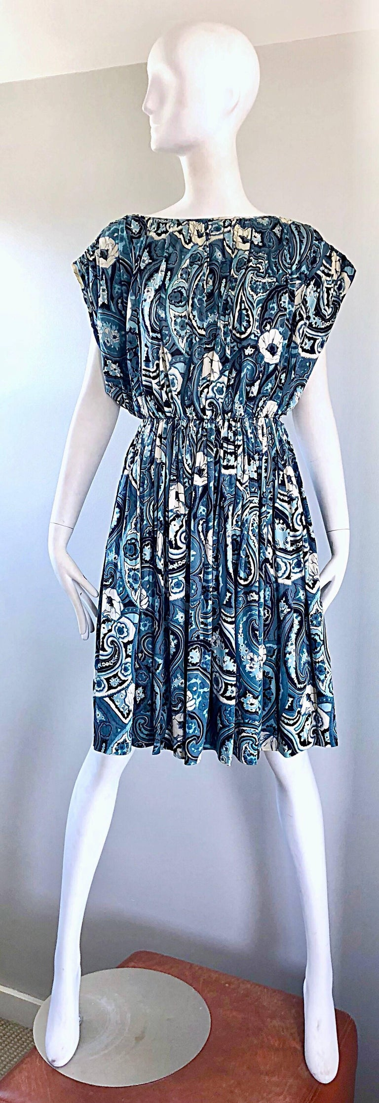 Beautiful and rare TOWNLEY for NEIMAN MARCUS blue and white paisley flower print Avant Garde silk dress! While Townley was recognized as the manufacturer of Claire McCardell, the solo Townley label was only around for a very short period of time.
