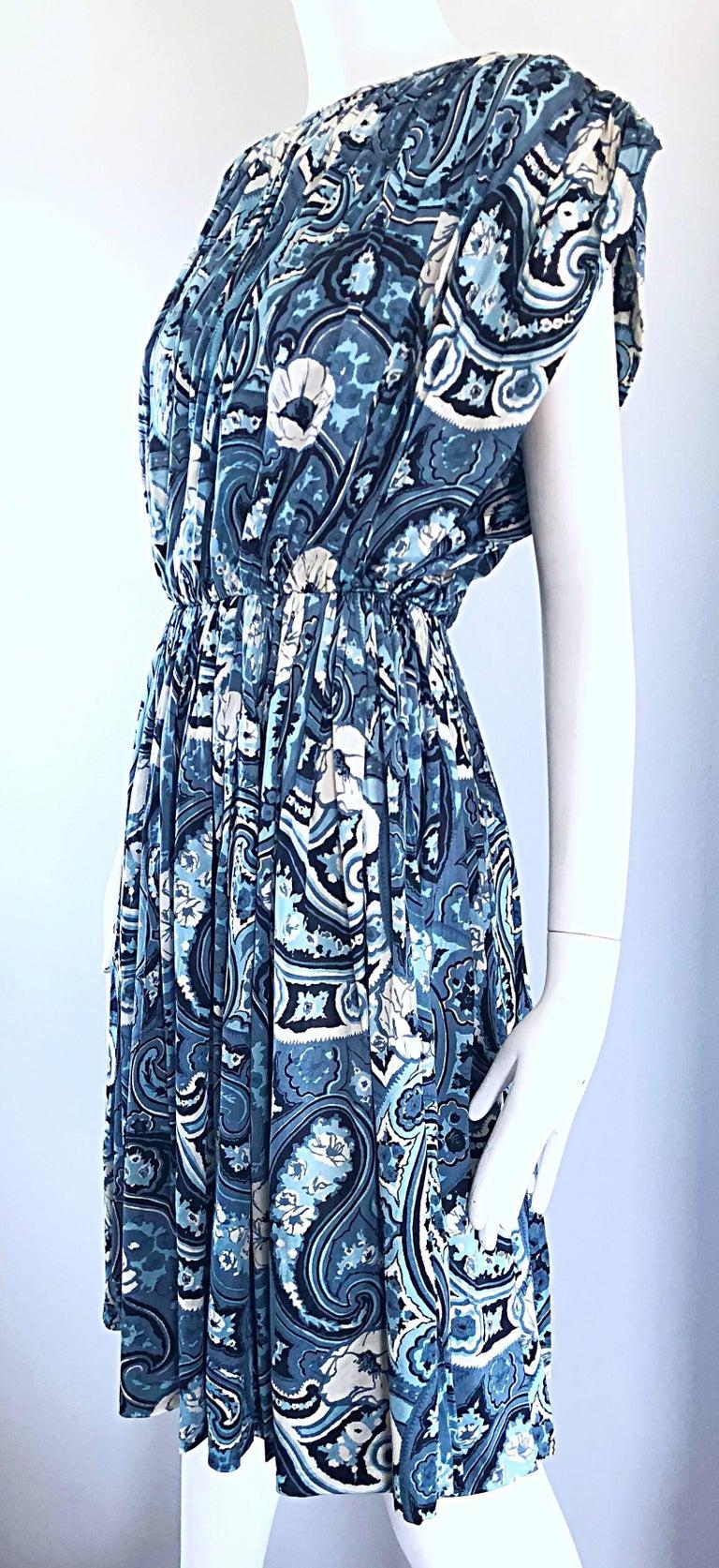 Purple Rare 1950s Townley Blue + White Paisley Flower Print Vintage 50s Dress For Sale