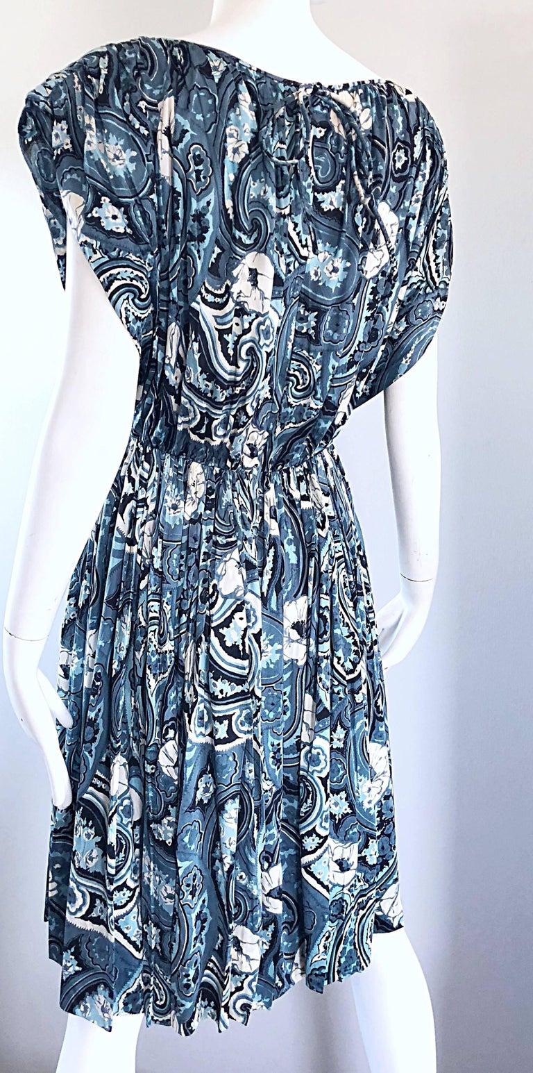 Rare 1950s Townley Blue + White Paisley Flower Print Vintage 50s Dress For Sale 3