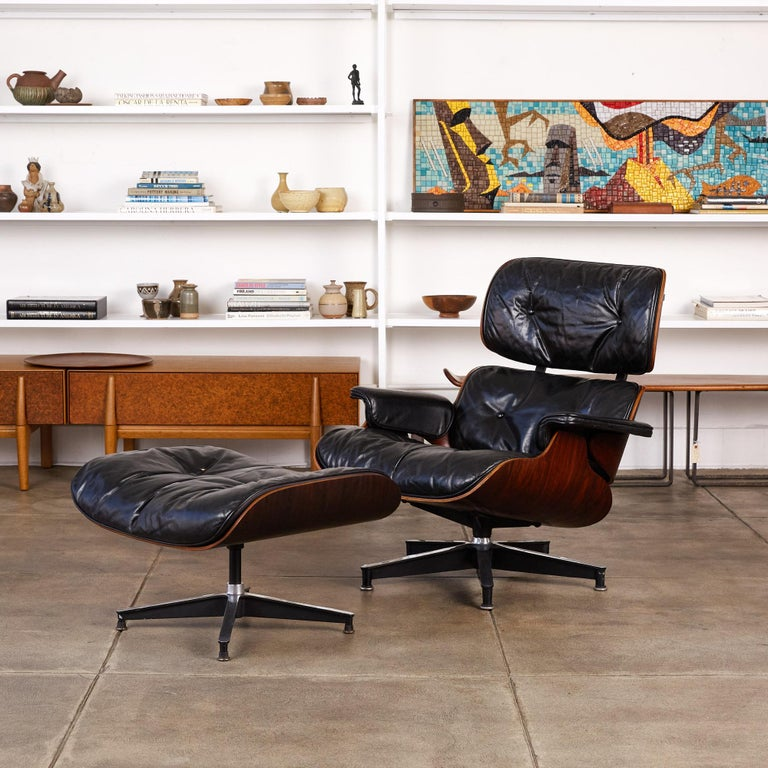 Mid-Century Modern Rare 1956 First Year Production Eames Lounge Chair with Spinning Ottoman For Sale