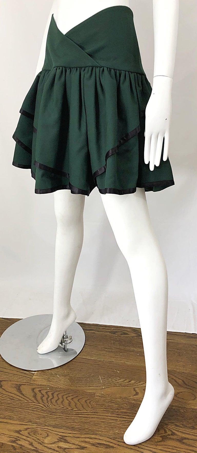 Rare 1960s Cardinali Hunter Green Wool Handkerchief Hem Vintage 60s Mini Skirt For Sale 6