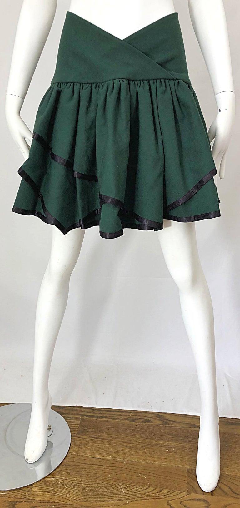 Rare 1960s Cardinali Hunter Green Wool Handkerchief Hem Vintage 60s Mini Skirt For Sale 7
