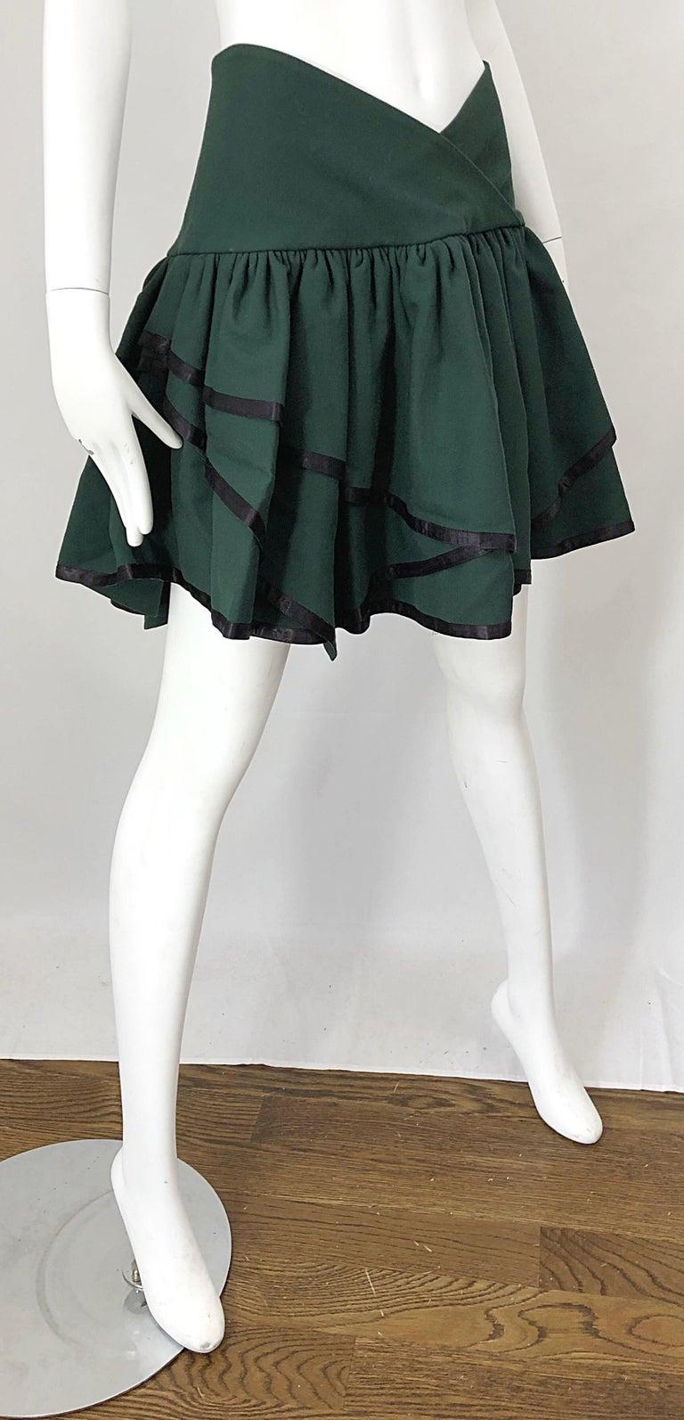 Rare 1960s Cardinali Hunter Green Wool Handkerchief Hem Vintage 60s Mini Skirt For Sale 1