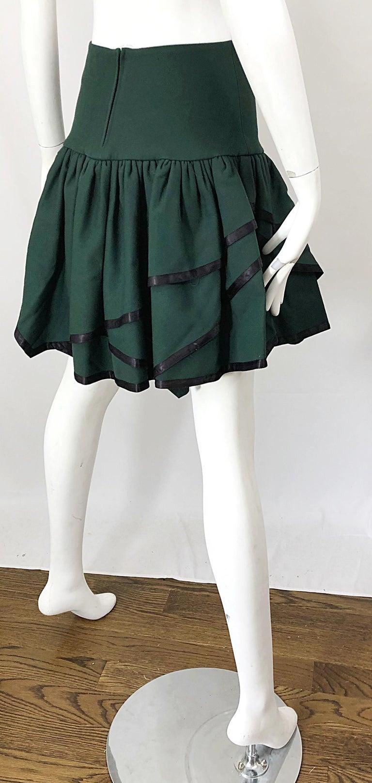 Rare 1960s Cardinali Hunter Green Wool Handkerchief Hem Vintage 60s Mini Skirt For Sale 3