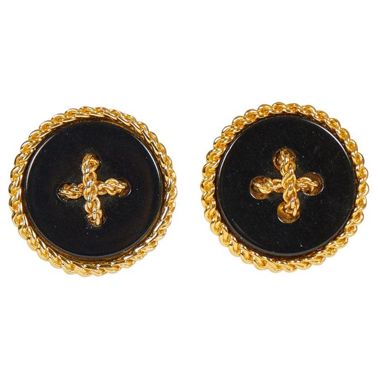 Rare 1970's Chanel Black Gripoix LG Button Earrings For Sale