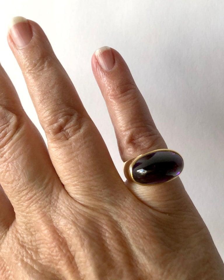 1970s Tuk Fischer for Georg Jensen 18 Karat Gold Amethyst Danish Modern Ring For Sale 1