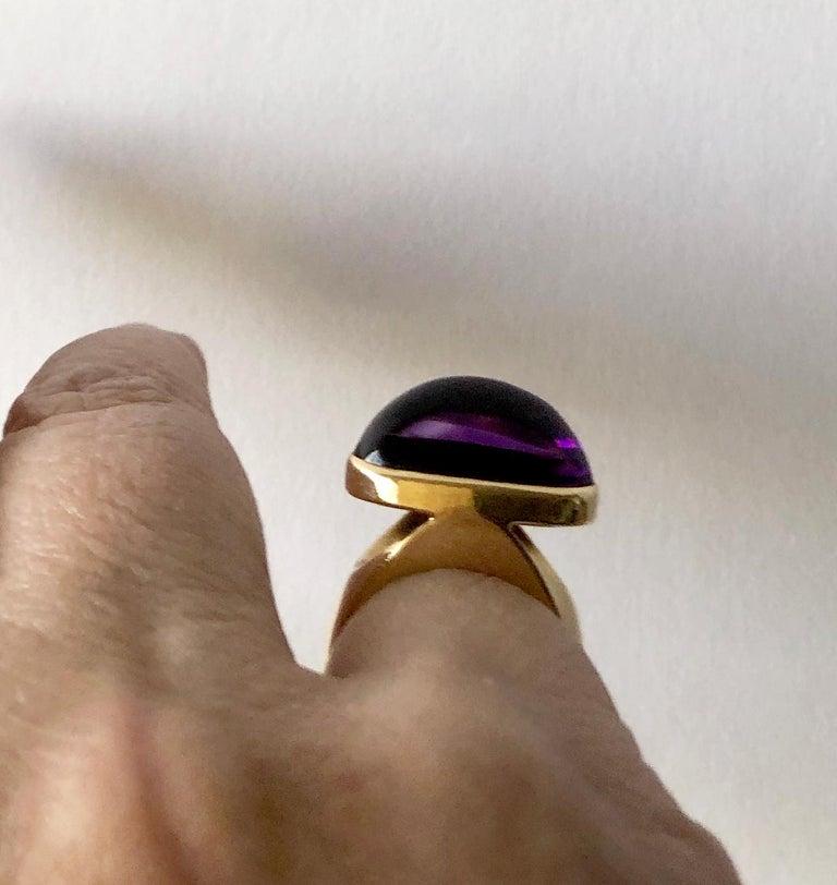 1970s Tuk Fischer for Georg Jensen 18 Karat Gold Amethyst Danish Modern Ring For Sale 2