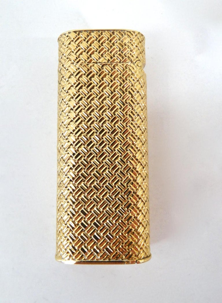 Van Cleef & Arpels Rare 1970s 18K Gold Lighter  For Sale 6