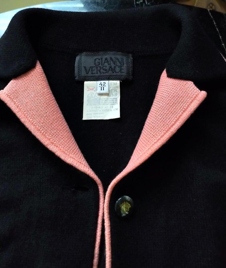 Rare 1990's Gianni Versace Medusa Black & Coral Sweater Cardigan IT 42/ US 4 6 For Sale 7
