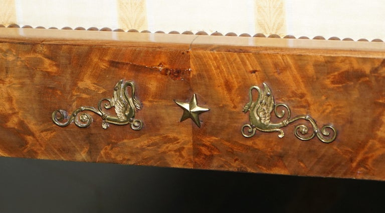 Rare 19th Century Burr Walnut & Bronze Ormolu Carved Empire Swan Chaise Lounge For Sale 12