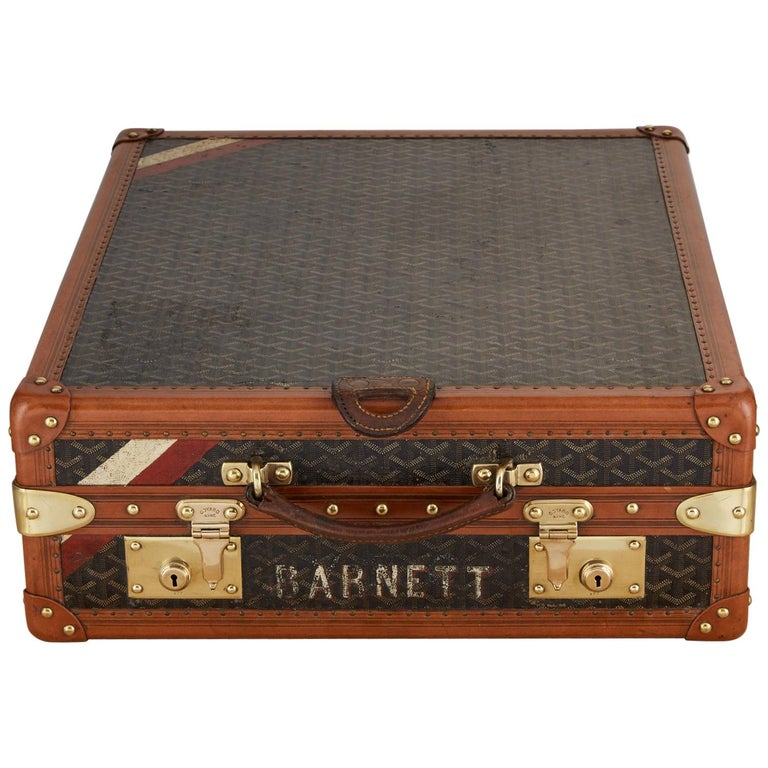 20th Century Vintage Goyard Luggage Trunk Circa 1920 For Sale