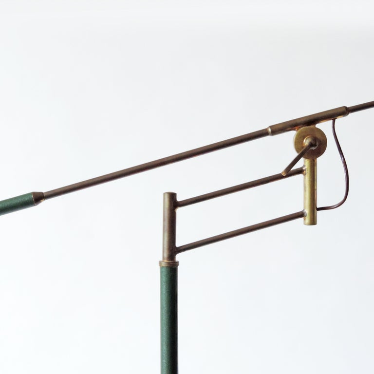 Rare Adjustable Italian Floor Lamp in Brass and Green Faux Leather, 1940s In Good Condition For Sale In Milan, IT