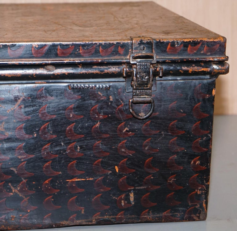 Rare African Campaign Military Metal Chest Luggage the Owomeji Jones Brothers For Sale 3